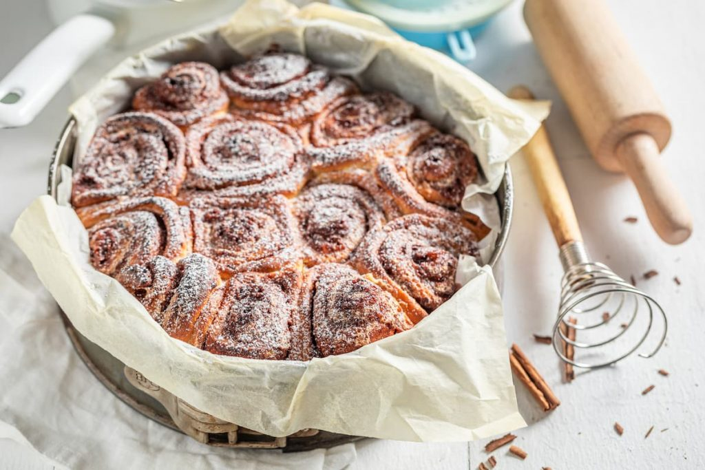 Sweet-cinnamon-buns-with-spices-cocoa-and-sugar