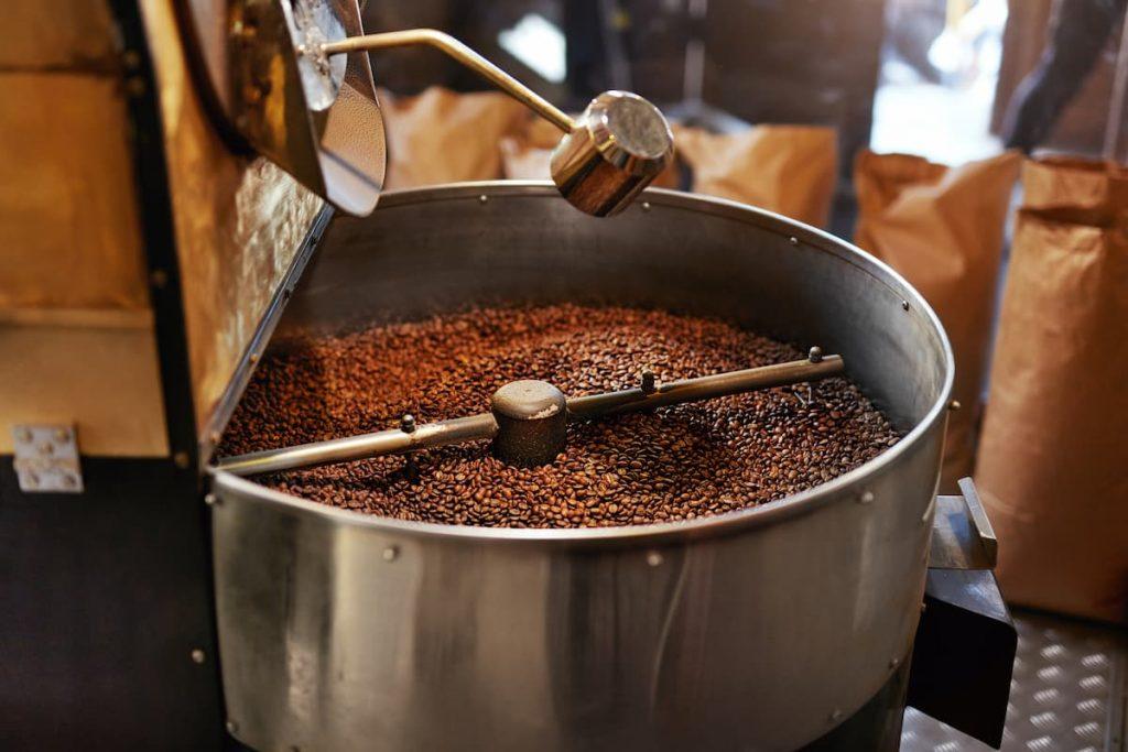 Roasting Coffee Beans In Coffee Shop