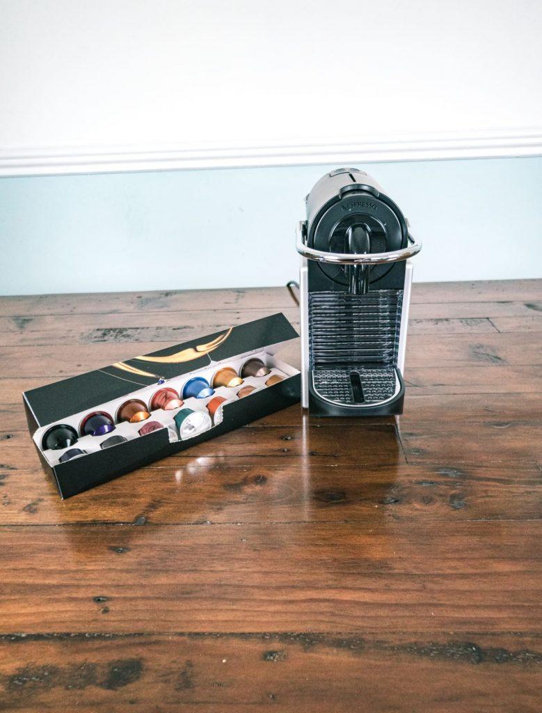 Nespresso Original Pixie Machine