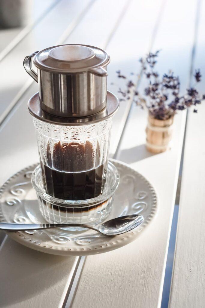 Making alternative vietnamese coffee